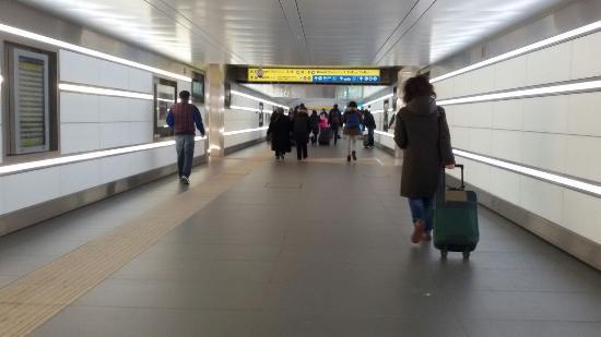 Stazione sottopassaggio picture of stazione di bologna for Bologna hotel stazione centrale
