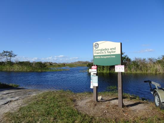 Everglades City, FL: VVM-VOP@DownSouthAirboat-MeetingPoin
