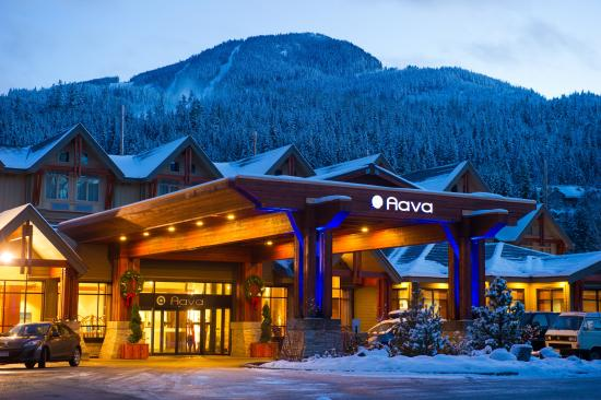 Aava Whistler Hotel : Christmas Entrance