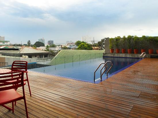 Lap Pool Picture Of B Hotel Quezon City Luzon Tripadvisor