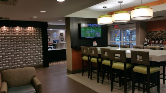 Hotel Lobby Picture Of Comfort Inn Amp Suites Kannapolis
