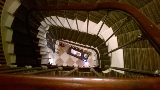 Hotel des Grands Hommes: Stairs Down