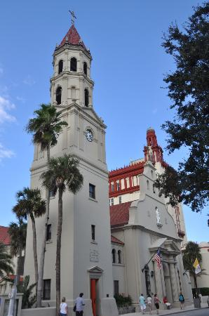 Travelodge Suites St Augustine: The famous church in the Old City center is just a few minutes from the hotel by car.