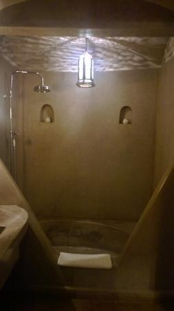 Riad Dar Beija: Sdb suite Tasslite