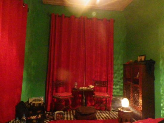 Dar Sienna: Budget room