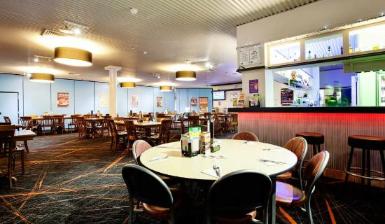Atherton Hotel Bistro: Enjoy a meal at the Atherton Hotel