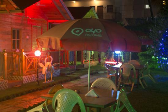 Hotel Jesicca Lavish Live Inn