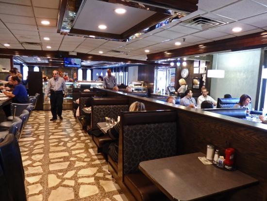 East Hanover Diner: Inrerior