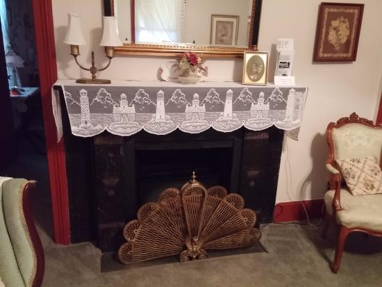 Green Cove Springs, FL: Fireplace