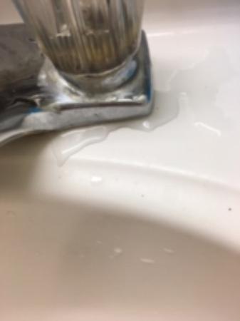 leaking bathroom sink picture of super 8 by wyndham craig craig rh tripadvisor com