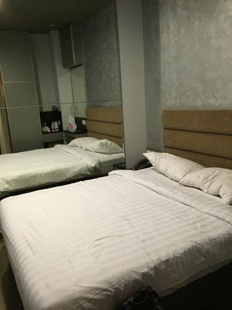 Fragrance Hotel - Bugis: เตียงนอนนุ่มสบาย