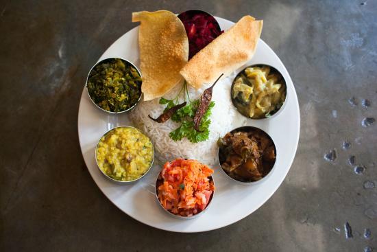 Thavas Curry Box