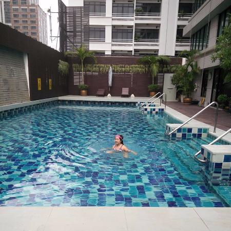 Natural Ville Executive Residences: pool
