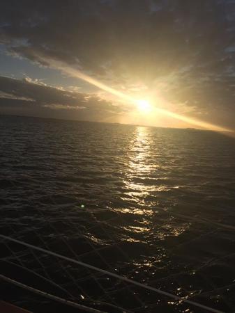 Olde World Sailing Line: Beautiful sunset!