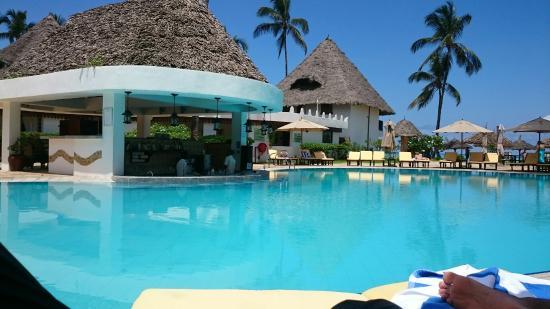 Pool - DoubleTree by Hilton Resort Zanzibar - Nungwi Photo