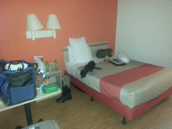 Motel 6 Salt Lake City Downtown: Room 130, December 2015 - Queen single room.