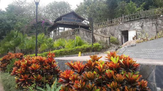 Zhuhai Harmony Resort Hotel
