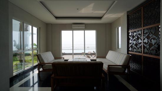 Suasana Ruang Tamu Picture Of Villa Nine Anyer Tripadvisor