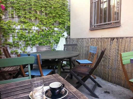 Photo of Restaurant Dobra Trafika Na Ujezde at Újezd 37, Prague 110 00, Czech Republic
