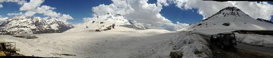 Prini, India: Panoramic View of Rohtang