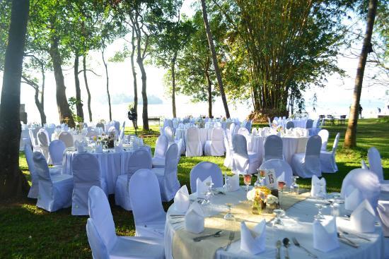 Outdoor Wedding Picture Of Thotupola Lakeside Resort Moratuwa