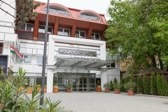 Aquaticum Debrecen Thermal and Wellness Hotel: Aquaticum Termál & Wellness Hotel bejárat