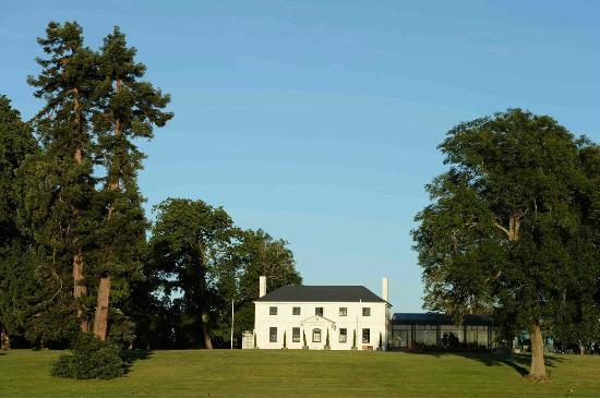 Quamby Estate: Sir Richard Dry Function Centre