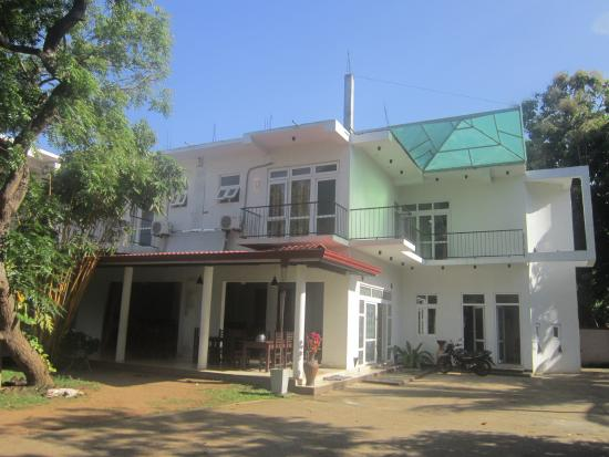 Owin Rose Hotel