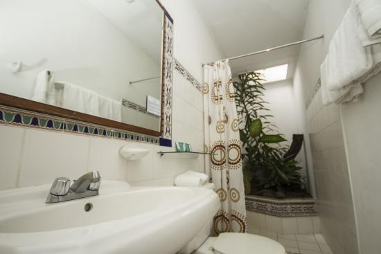 Hotel 1492 : Baño