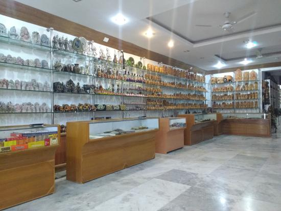 Shopping At Its Best Review Of Karan Jewellers Handicrafts