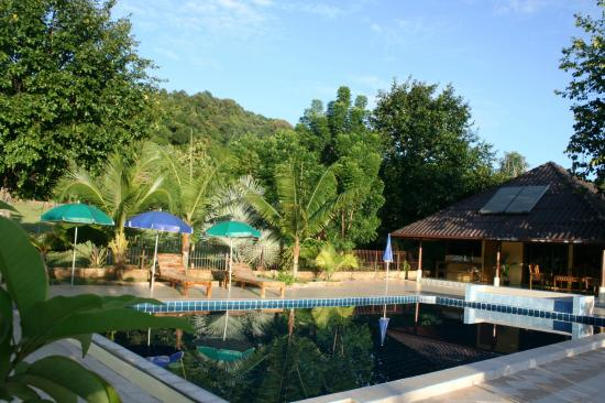 Faasai Resort & Spa: swimming pool at the resort