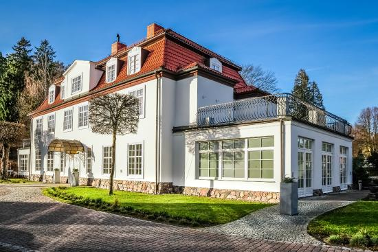 Dwor Oliwski Hotel