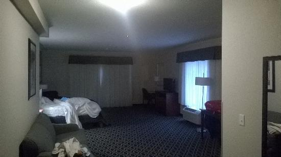 Bluemont Hotel Ious Room