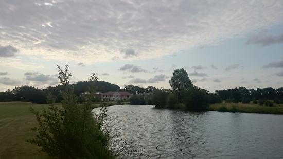 Adendorf, Allemagne : The lake