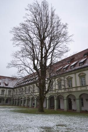 Benediktbeuern, เยอรมนี: Корпуса Аббатства