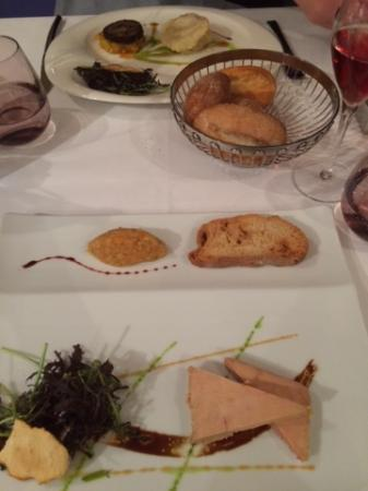 Cuves, Γαλλία: Foie Gras and Camembert Ravioli