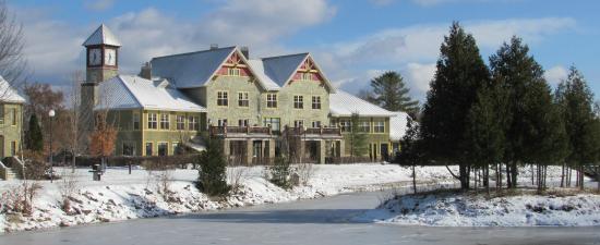 Calabogie Peaks Hotel in winter