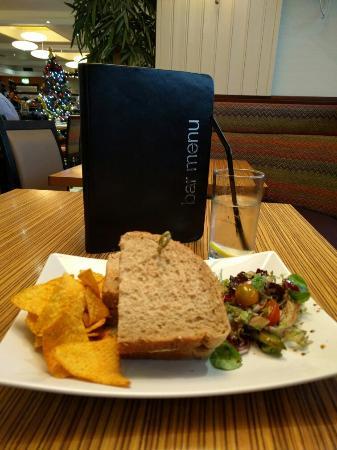 Brasserie and Bar at Glasgow Pond Hotel