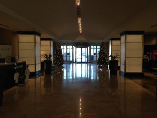 Westin Annapolis: Lobby View