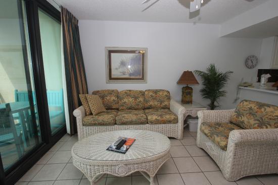 Phoenix All Suites Hotel West: Living room