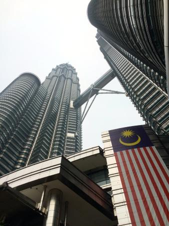 Best Food Near Petronas Towers