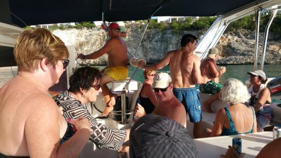 bahía de Simpson, St. Maarten: Party charter and everyone had a great time!