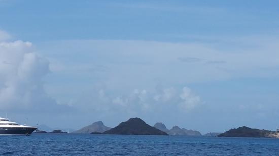 Simpson Bay, St. Maarten-St. Martin: The scenery was amazing