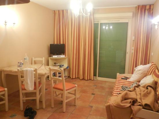 Lou Castelet Restaurant Residence Hoteliere: Sala