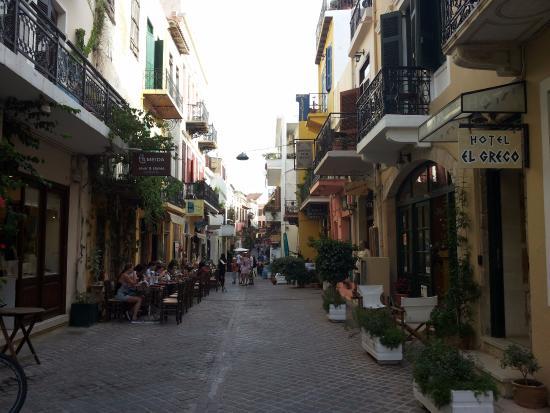El Greco Hotel: Отель на узкой улочке
