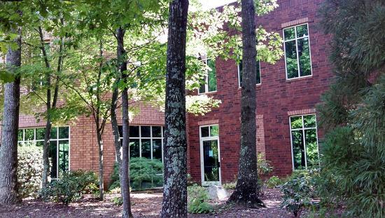 Greensboro, Carolina del Norte: Building and Grounds
