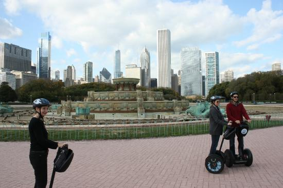 EXPLORE CHICAGO ATTRACTIONS & TOURS Take in the sights, live for adventure. This is a city to be toured—whether by foot, bike, trolley or even Segway.