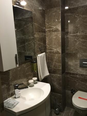 Bagno completo di tutto - Picture of Ayramin Hotel, Istanbul ...
