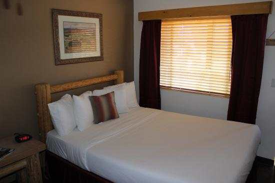 Fort Verde Suites: King Room