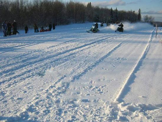 Edmundston, Canada: snowmobile race